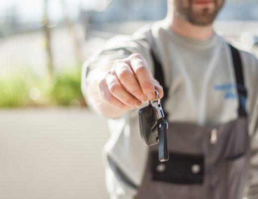 köpa begagnad bil checklista