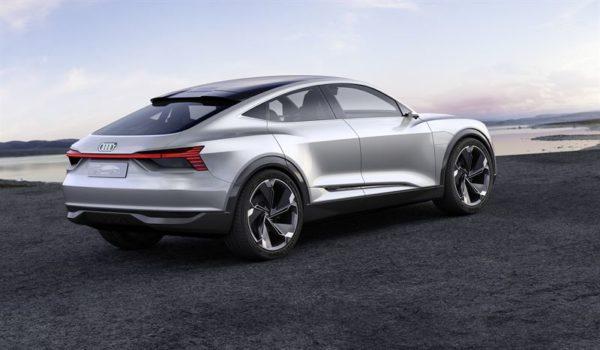 Audi e-tron Sportback elbil silvermetallic