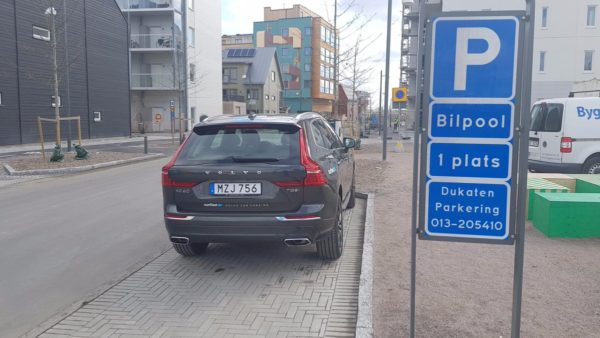 bilpool parkering