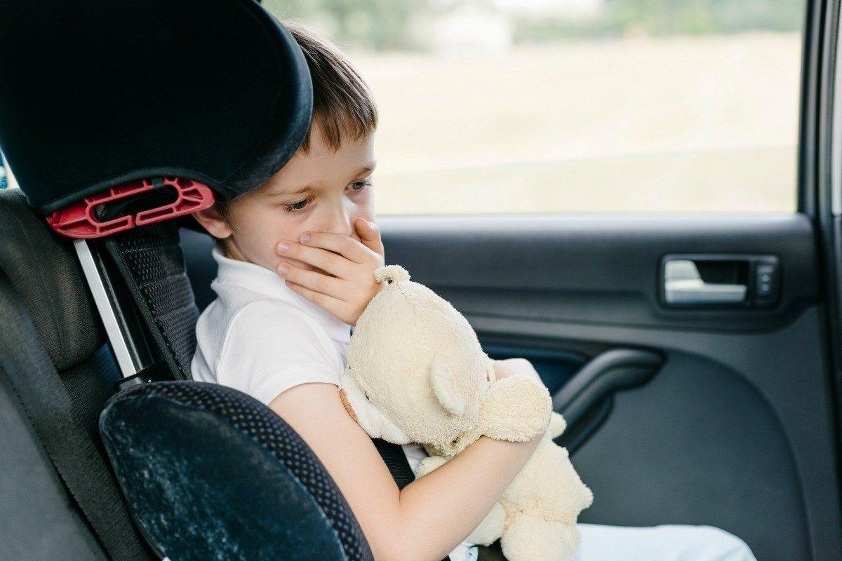 tvätta bilklädsel dålig lukt