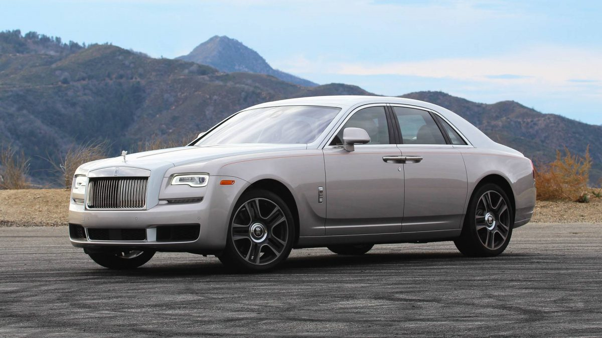 snygg bil_2018-rolls-royce-ghost-review