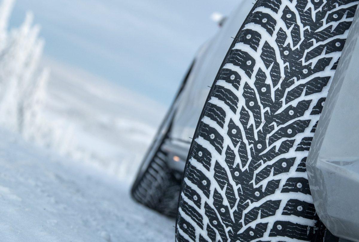 vinterdäck dubbdäck 8