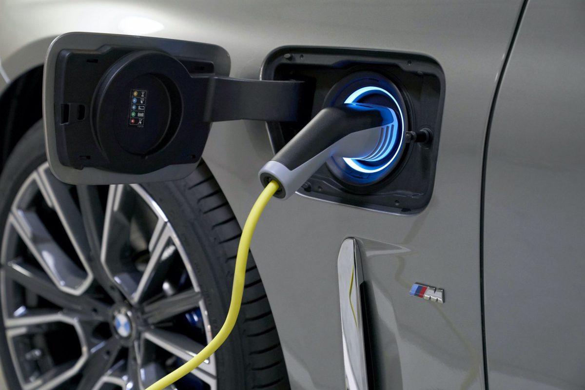 el-hybrid-bensin-ladda-batteri-3