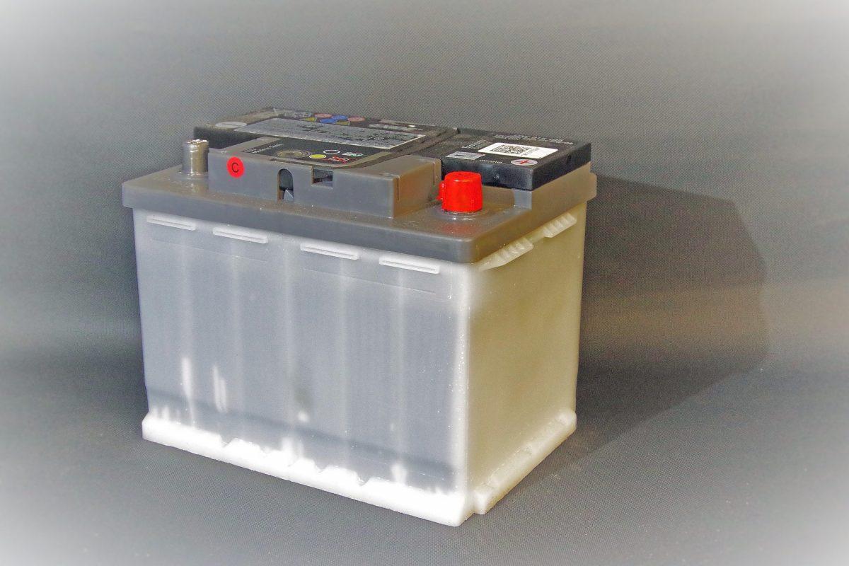 6-vanliga-fel-på-din-bil-batteri-7