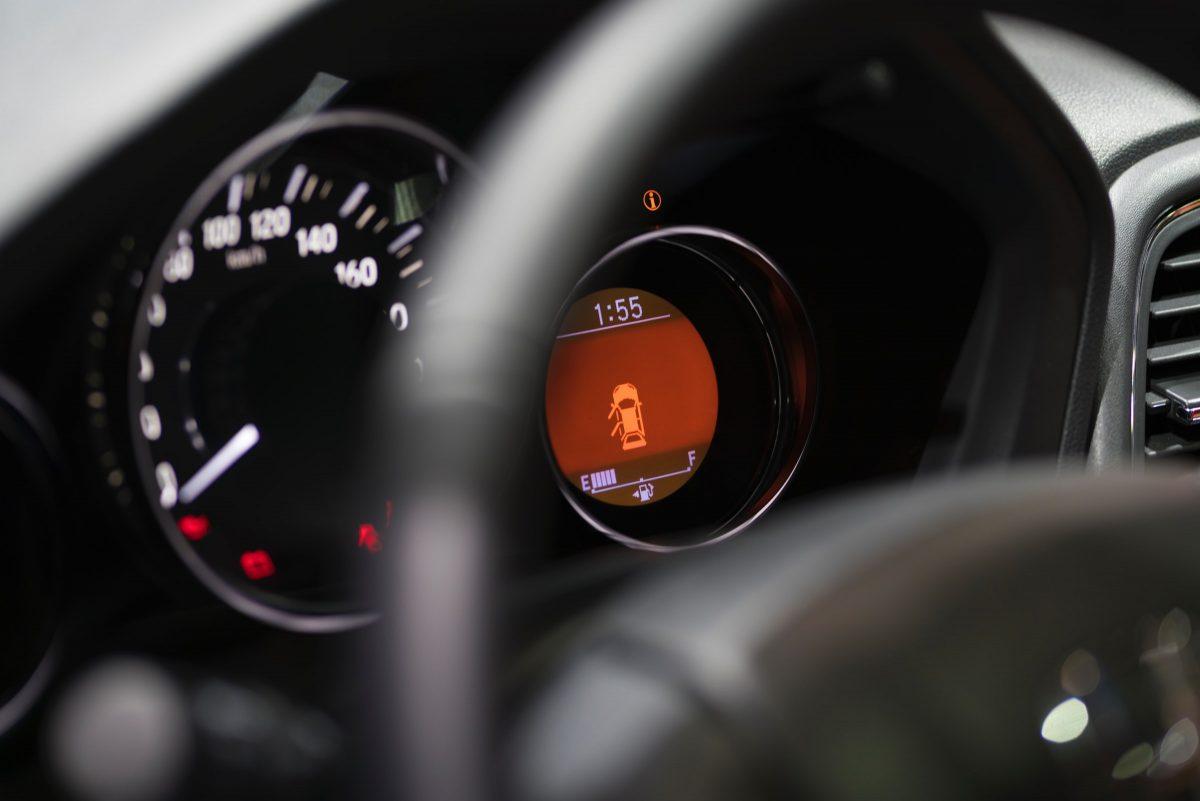 6-vanliga-fel-på-din-bil-elektronik-6